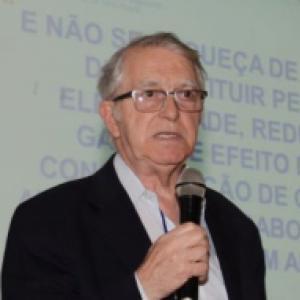 José Roberto Moreira